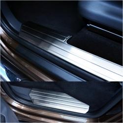 Instaplijsten  Volkswagen Amarok (2010+)